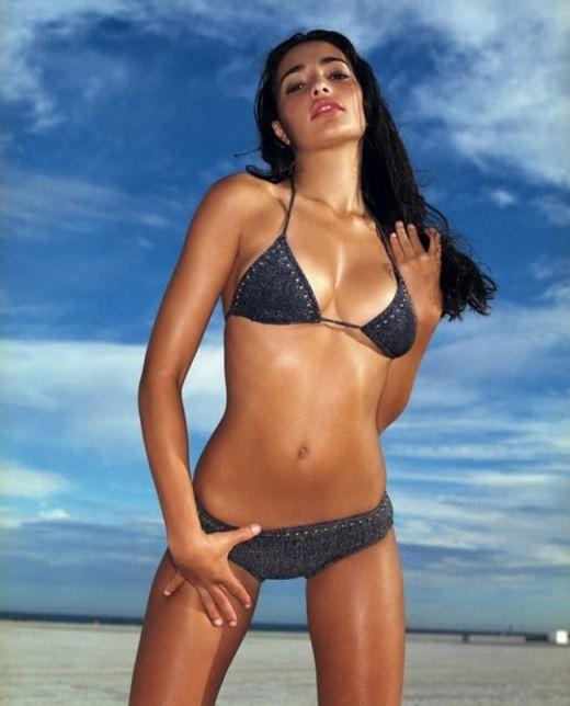 Hollywood Actress Natalie Martinez Sexy Bikini Pics Images