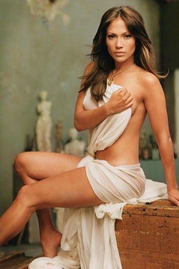Jennifer Lopez Nude Topless Posing
