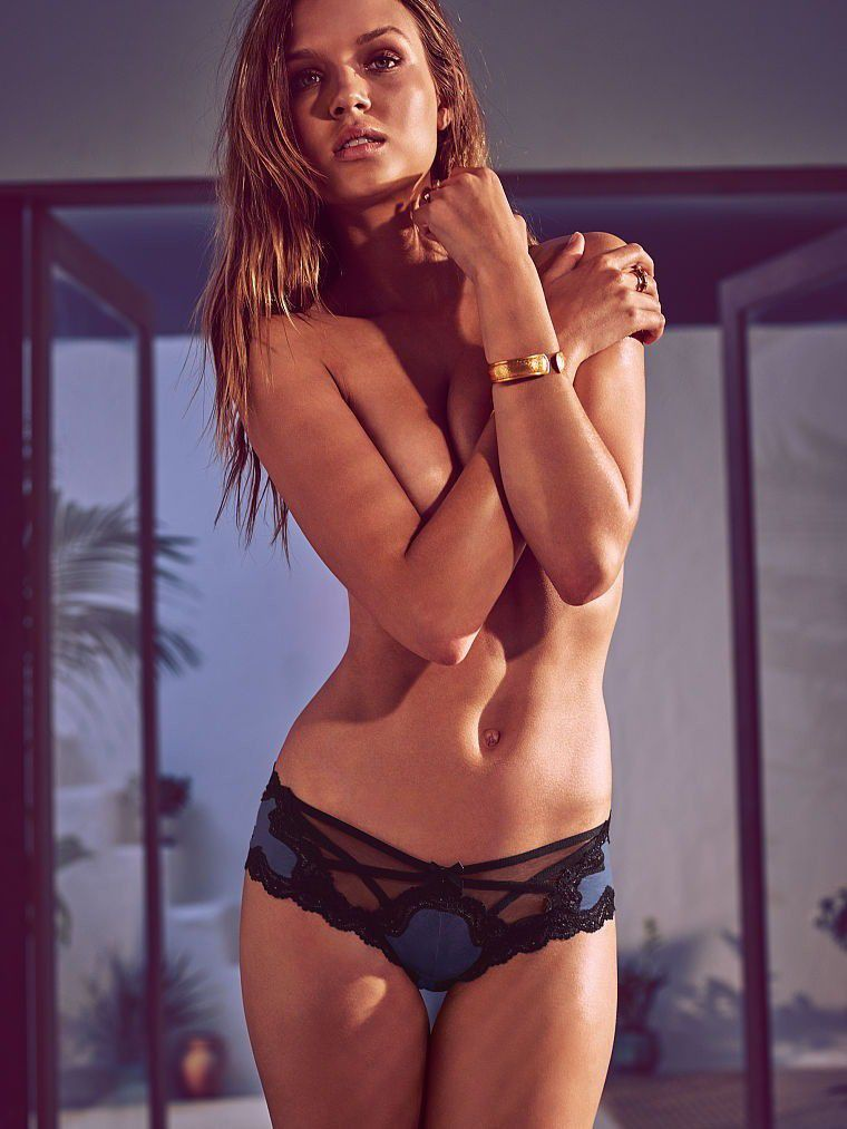 Josephine Skriver Naked Tits In Sexy Lingerie