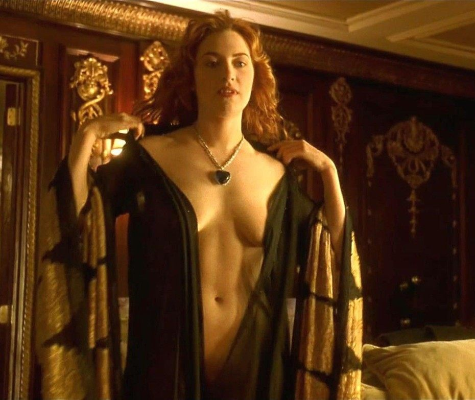Kate Winslett Naked Topless Boobs