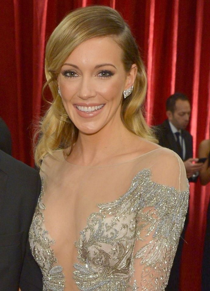 Katie Cassidy Images Videos And Sexy Pics