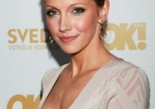Katie Cassidy Sexy Hot Photos Images
