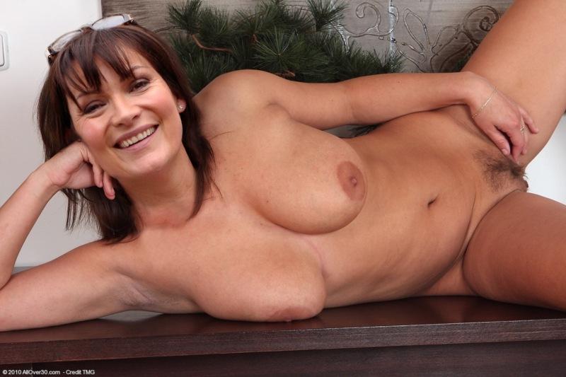Lorraine Kelly Naked