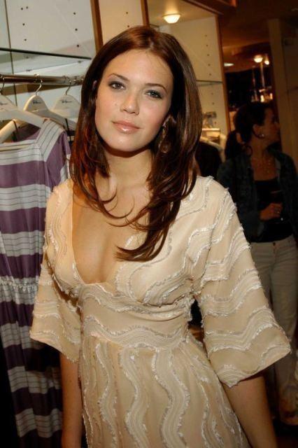 Mandy Moore Nude Actress Tits Sexy Hot Photos