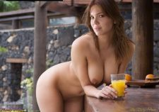 Mandy Moore Nude Topless Sexy Boobs Pics