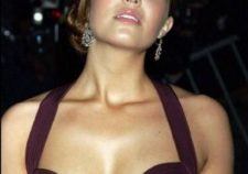 Mandy Moore Sexy Naked Big Boobs Under Hot Dress Pics