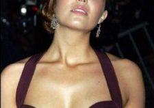Mandy Moore Sexy Naked Big Boobs Under Hot Dress Pics
