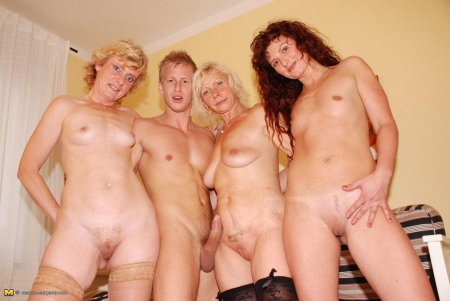 Mature Bitch Gangbang