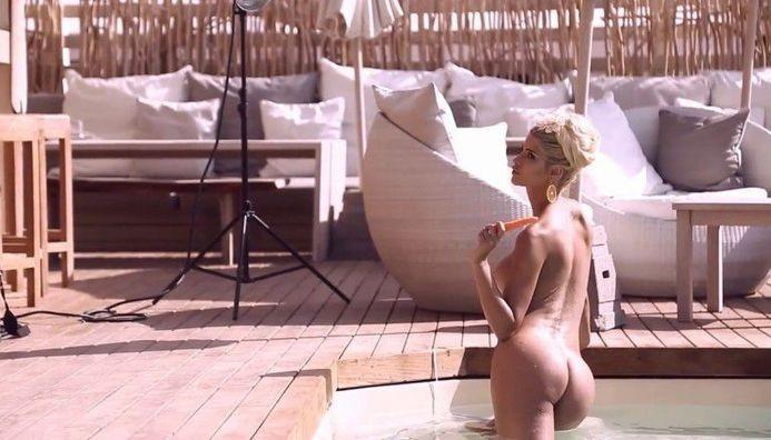 Micaela Schaefer Nude Sexy Hot Butt