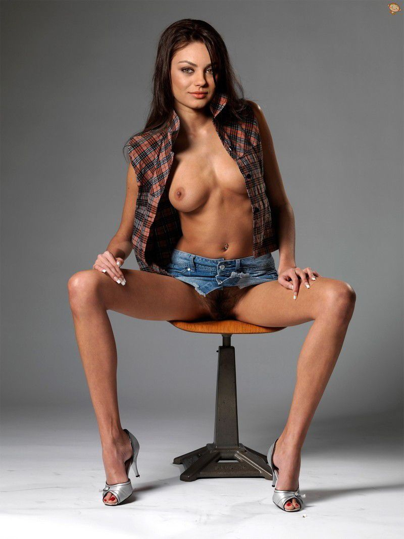 Mila Kunis Nude Topless Hairy Pussy