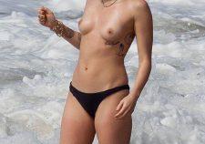 Miley Cyrus Topless Naked In Panties