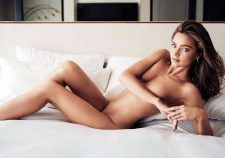 Miranda Kerr Completely Nude Pose On The Bed