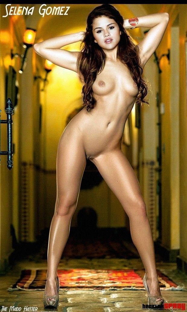 Naked Celebrity Pictures Selena Gomez