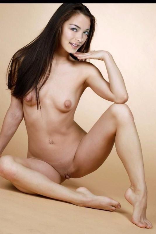 Naked Celebrity Xxx Kristin Kreuk Porno