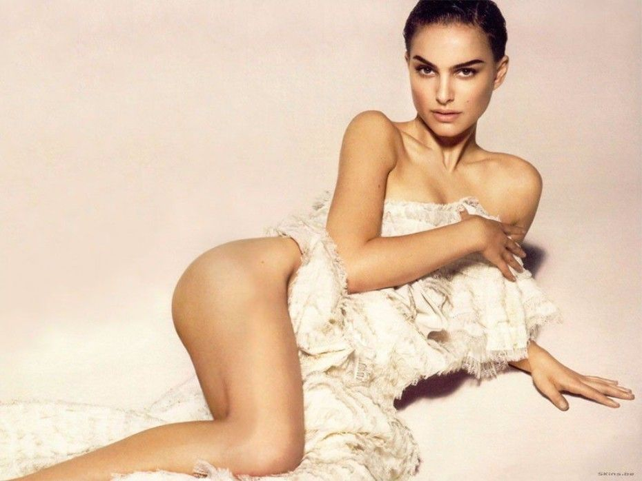 Natalie Portman Nude Photos
