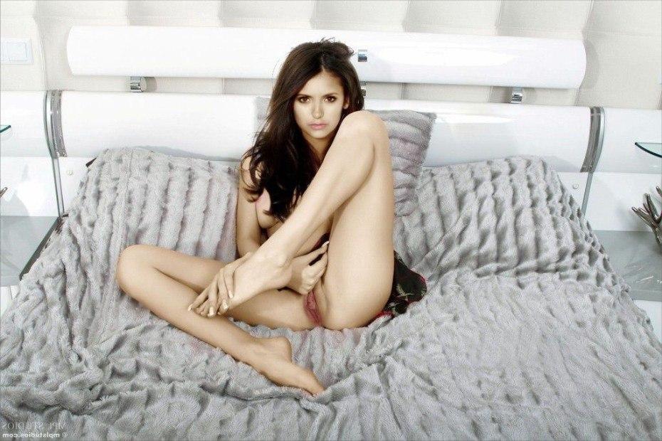 Nina Dobrev Naked Shaved Pussy On Bed