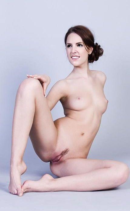 Nude Celeb Pics Anna Kendrick