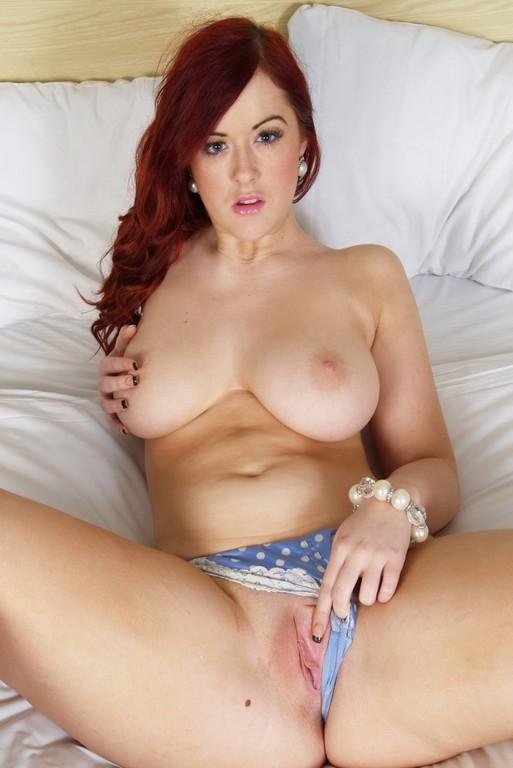 Redhead Rosie Jaye Nude