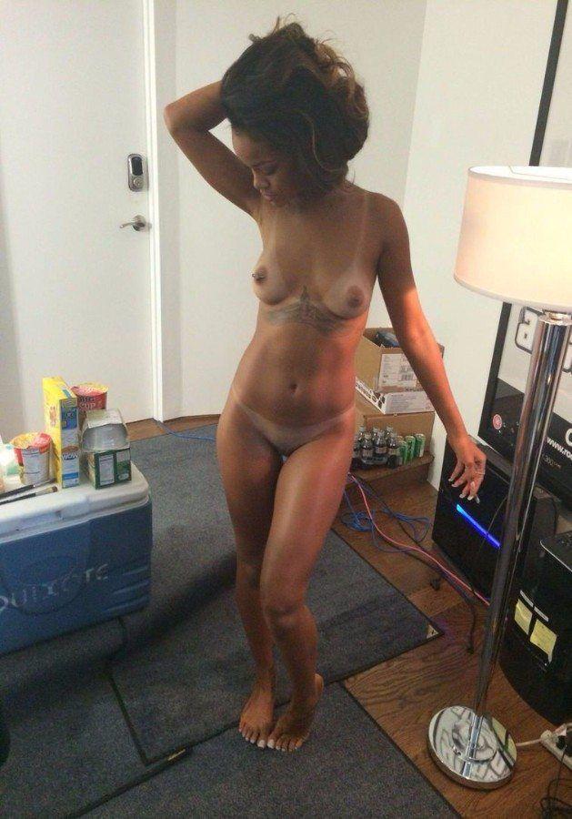 Rihanna Naked Tits Pussy