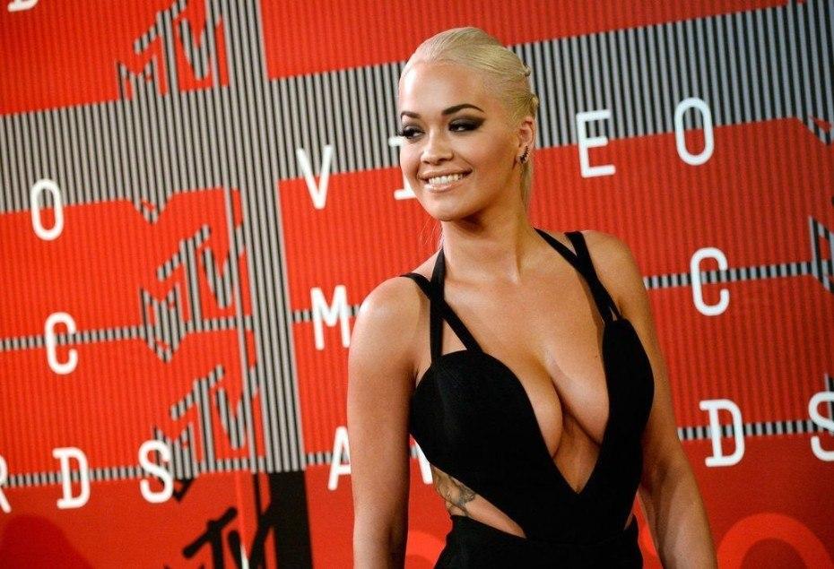 Rita Ora Nude Sexy Cleavage