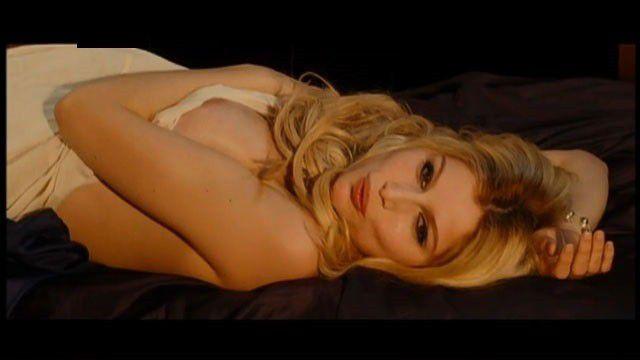 Rooney Mara Actress Nude Sexy Boobs