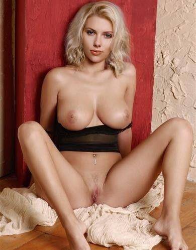 Scarlett Johansson Hollywood Young Actress Naked Pussy Pics Photo