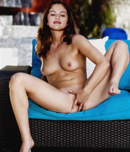 Selena Gomez Fingering Herself