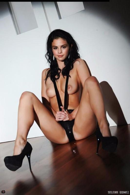 Selena Gomez Nude Porn Pussy Tits Leaked Pictures