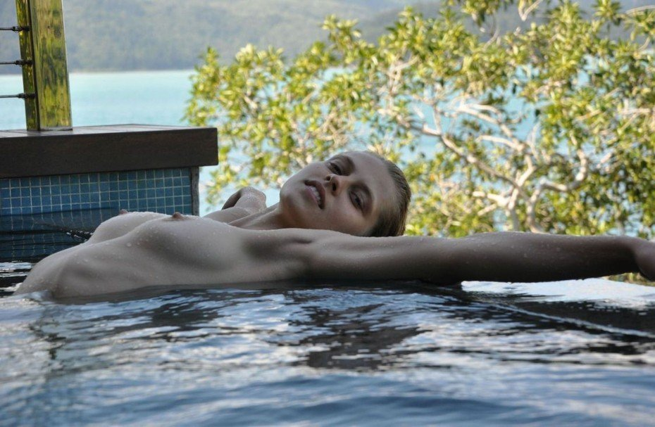 Teresa Palmer Nude Sexy Naked White Boobs Nipples Images