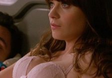 Zooey Deschanel Boobs Pics