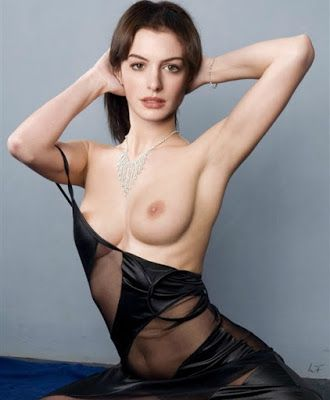 Anne Hathaway Hot Nude Boobs Wallpaper