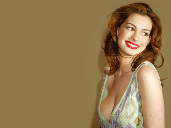 Anne Hathaway Sexy Nude Pics