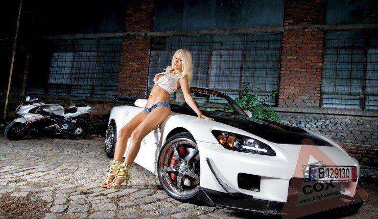 Daniela Crudu With Custom S Honda
