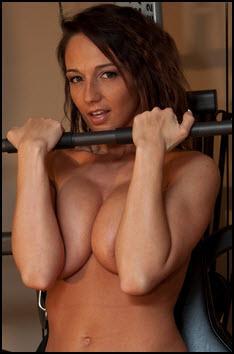 Nikki Sims Sexy Workout