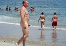 Nude Beach Spy Cam Dude