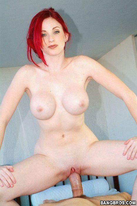 Redhead Milf Neesa Massage