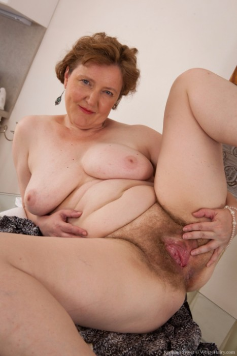 Hairy mature porn gallery-1672
