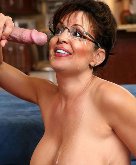 Mature beautiful petite nude