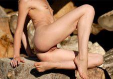 Ultra Skinny Nude Posing