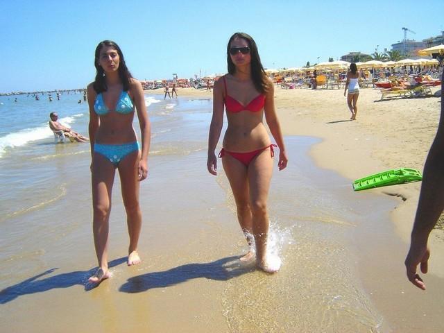 Usa Lesbian Xxx American Beach Sexy Girls Big Boobs Bikini Nude Photos