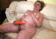 80 Year Old Granny Hairy Pussy