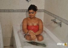 Babilona Hot In Tamil
