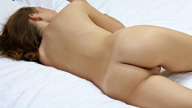 Bogdana Brunette Naked Shaved Pussy Ass